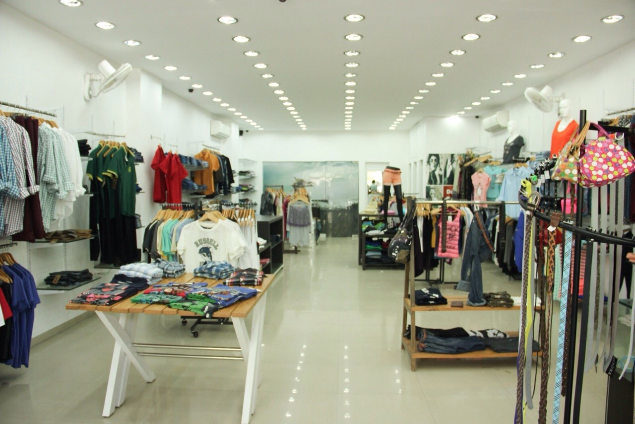 Marshalls clothing store hours. Clothing stores
